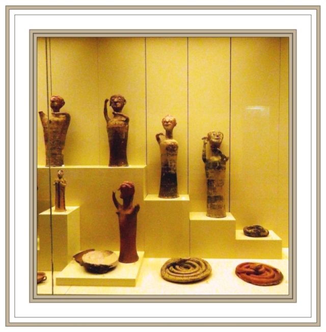 Mycenaean Earth Goddesses Mycenae Museum May 3 2012
