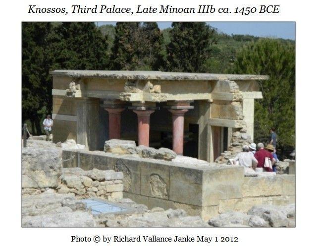Knossos, Third Palace, Late Minoan IIIb ca. 1450 BCE fluted columns