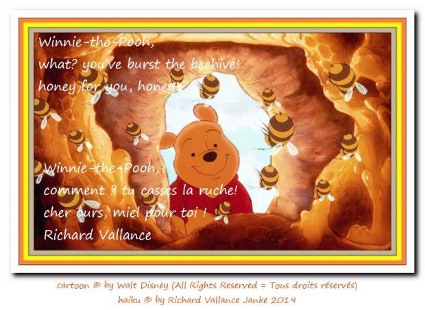 Winnie-the-Pooh beehive 620